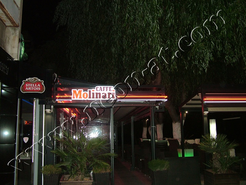 cafe bar molinari-12