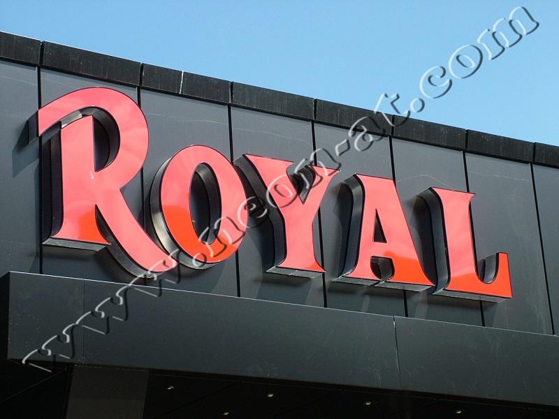 casino royal2-1
